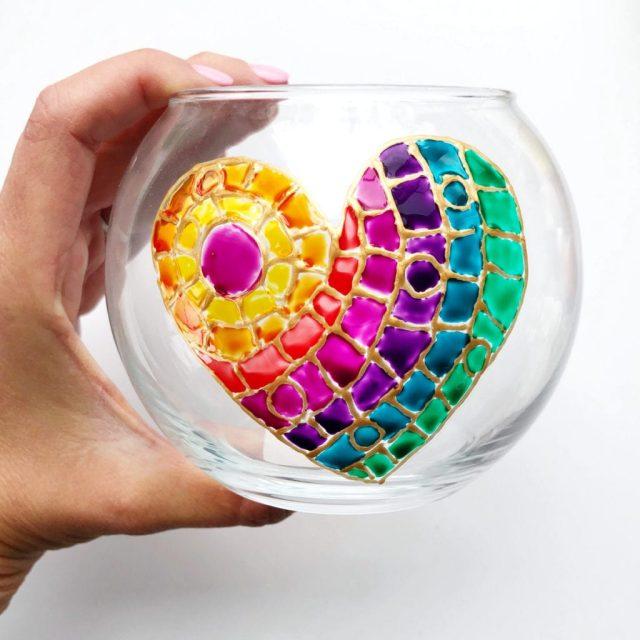 Tapyba ant stiklo