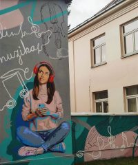 Piešinys ant Rudolfo Lymano muzikos mokyklos sienos