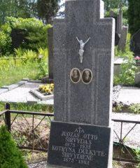 Knygnešio J. O. Širvydo (1875-1935) kapas Jūžintų kapinėse